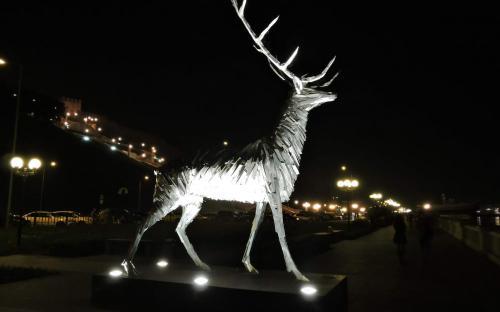 Олень на набережной Нижнего Новгорода