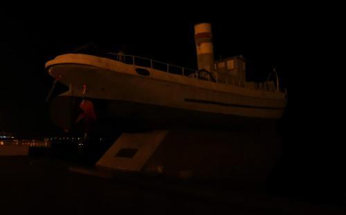Катер «Герой» на набережной Нижнего Новгорода
