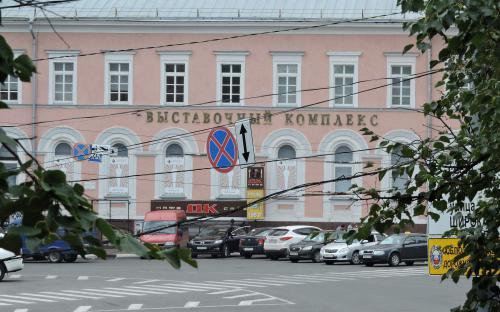 Парковка у улицы Большая Покровская в Нижнем Новгороде