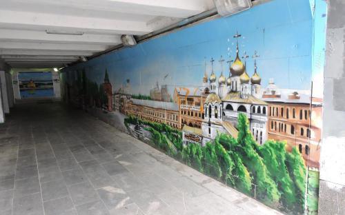 Графaити в подземном переходе Нижнего Новгорода