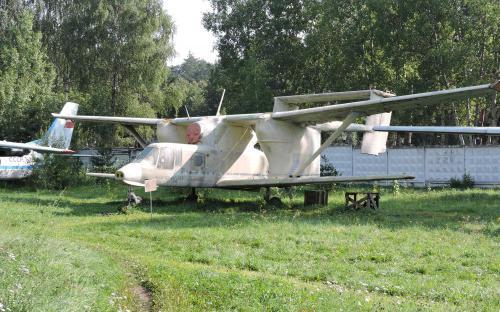Реактивный сельскохозяйственный самолёт Мелец М-15 в Музее Военно-воздушных сил в Монино