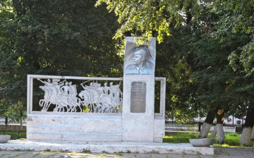 Памятник герою гражданской войны г. Гороховец