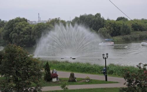 Тамбов. Фонтан в реке Цна