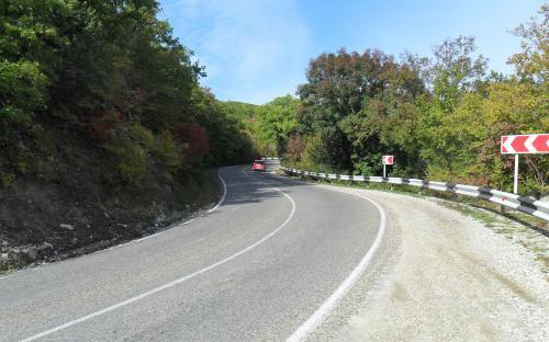 Дорога в Абрау-Дюрсо